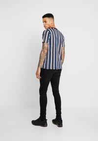 FAKTOR - CRUZ - Slim fit jeans - black wash - 2