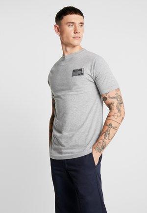 TYE TEE - Jednoduché triko - grey marl