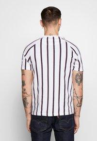 FAKTOR - KOWL TEE - T-Shirt print - white - 2
