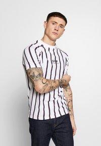 FAKTOR - KOWL TEE - T-Shirt print - white - 0