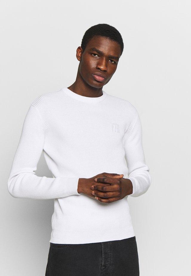 PARKER  - Stickad tröja - white