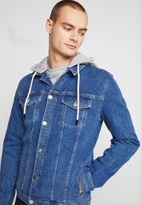FAKTOR - DAEL JACKET - Spijkerjas - blue denim - 5