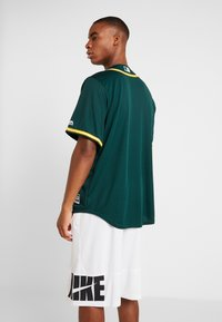 Fanatics - OAKLAND ATHLETICS MAJESTIC REPLICA COOL BASE ALTERNATE - T-shirt z nadrukiem - green - 2
