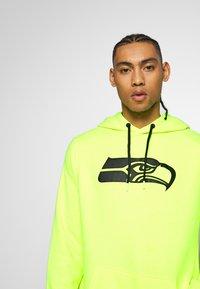 Fanatics - NFL SEATTLE SEAHAWKS OH HOODIE - Club wear - neon yellow - 3