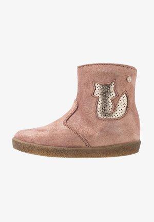 FOX - Boots - rosa