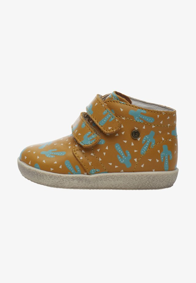 CONTE - Sneakers basse - yellow