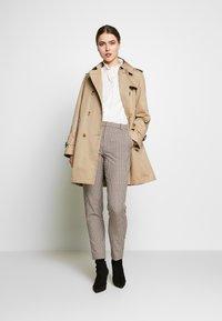 Frame Denim - EASY PLEATED - Bluse - blanc - 1