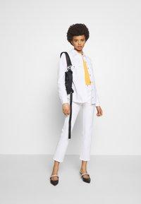 Frame Denim - Straight leg jeans - white - 1