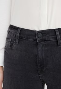 Frame Denim - DE JEANNE CROP RELEASED CUT HEM - Jeans Skinny Fit - micoy - 4