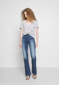 Frame Denim - LE HIGH - Flared jeans - blue denim - 1
