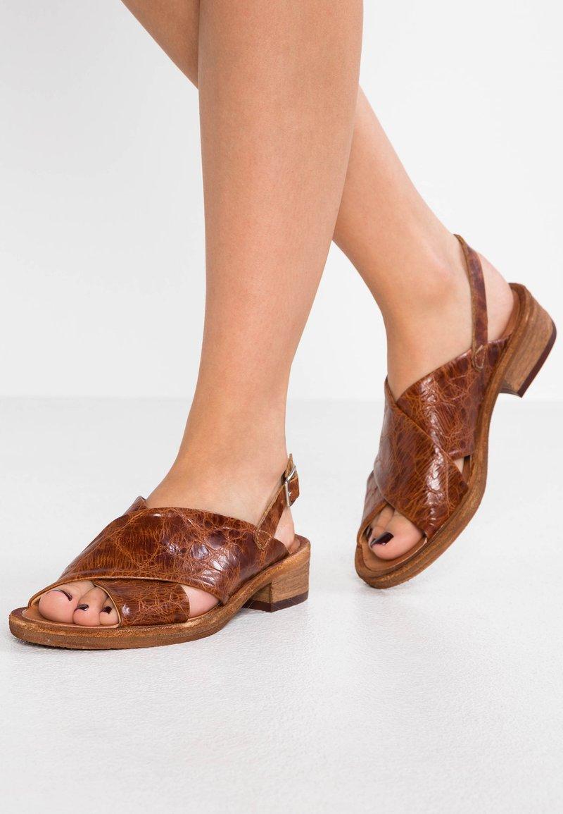 Felmini - GRACE - Sandals - vega azafran