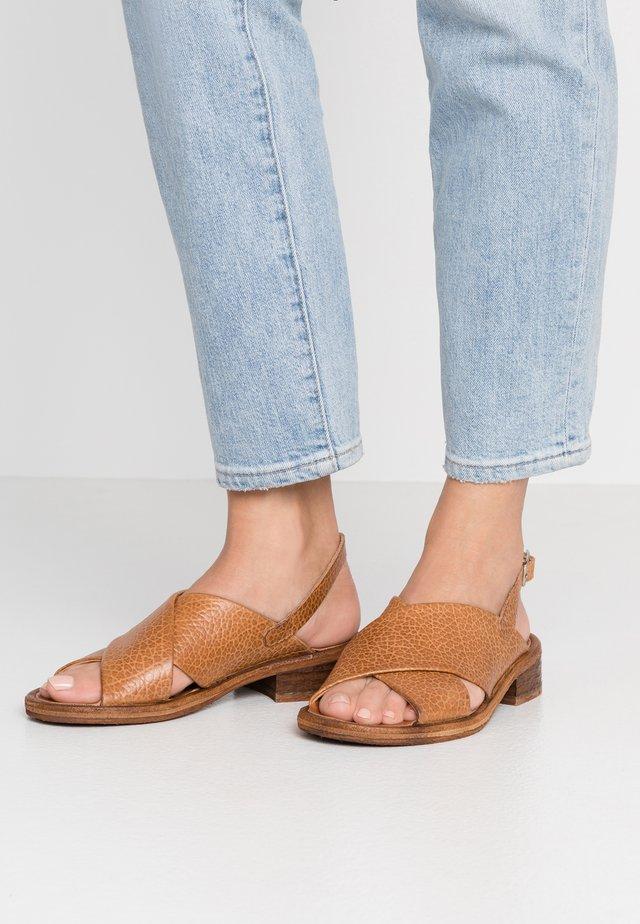 GRACE - Sandals - cognac