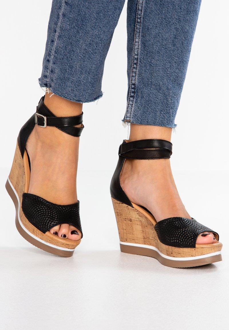 Felmini - MARY - Sandaler med høye hæler - black