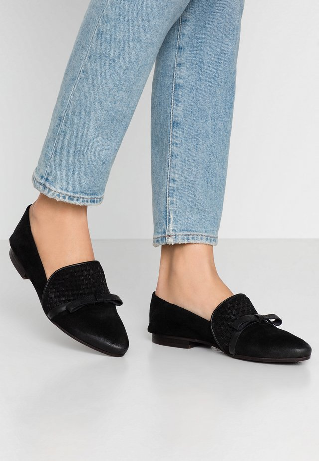 FLAVIA - Loafers - black