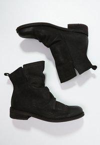 Felmini - GREDO - Classic ankle boots - black - 2