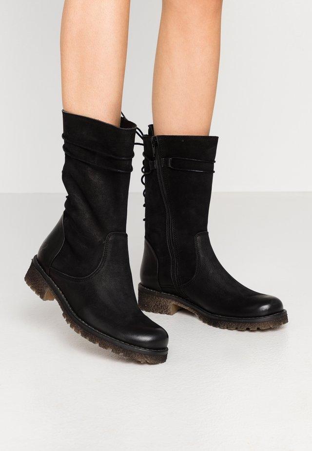 CASTER - Snørestøvler - black