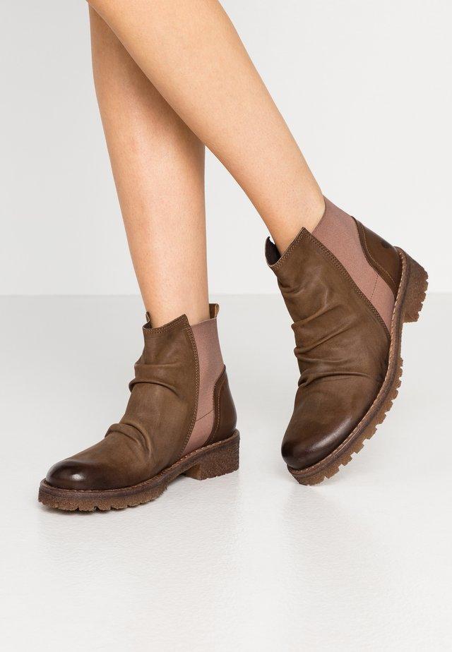 CASTER - Boots à talons - morat/belga cobre