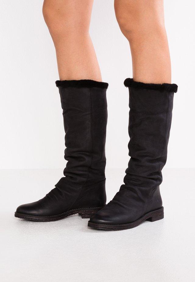 CREPONA - Zimní obuv - james black
