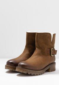 Felmini - JAKI - Winter boots - indigo/serraje santiago/tan - 4