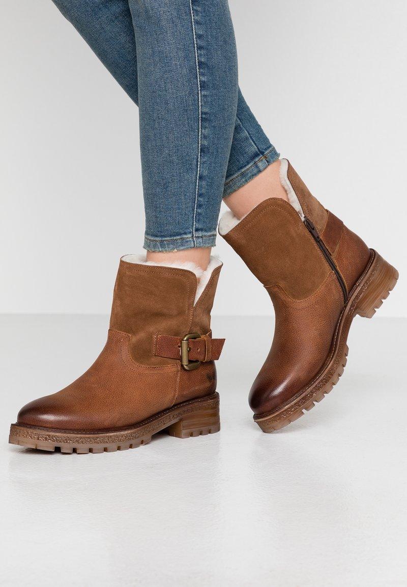 Felmini - JAKI - Winter boots - indigo/serraje santiago/tan