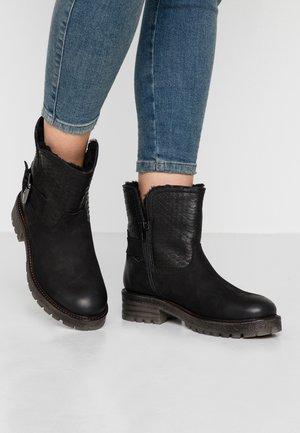 JAKI - Winter boots - black