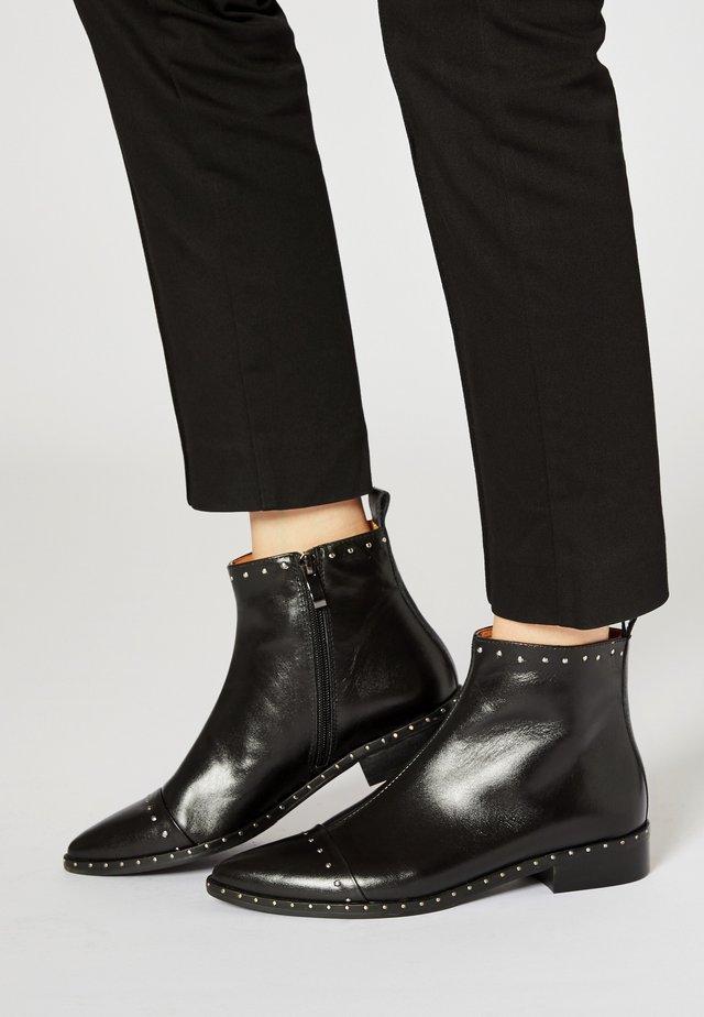 STIEFELETTE - Cowboy/biker ankle boot - schwarz