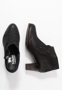 Felmini Wide Fit - OMEGA - Kotníková obuv - black - 3