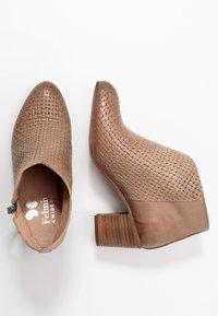 Felmini Wide Fit - MATILDE - Ankle boots - light treccia - 2