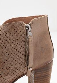Felmini Wide Fit - MATILDE - Ankle boots - light treccia - 6