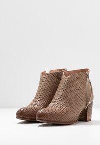Felmini Wide Fit - MATILDE - Ankle boots - light treccia - 3