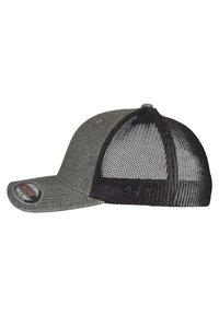Flexfit - Cap - khaki/black - 1