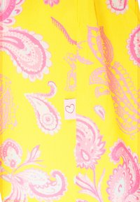Frieda & Freddies - DRESS - Day dress - lemon - 2