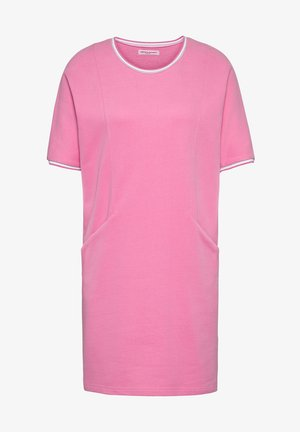 Day dress - fanatic pink