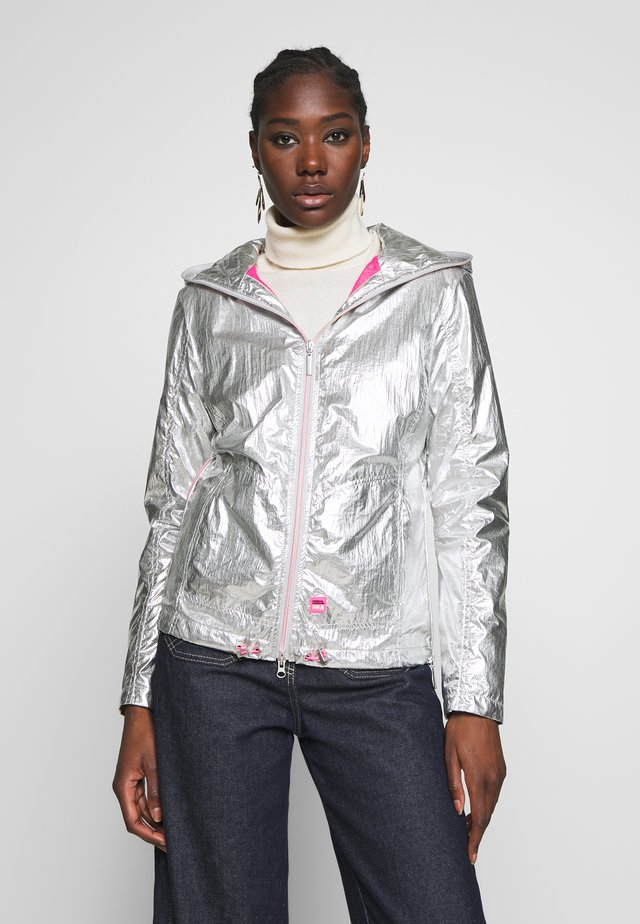 JACKET - Summer jacket - silver