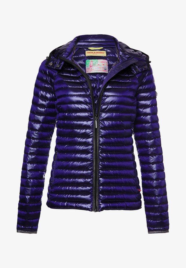 Winter jacket - ultraviolet