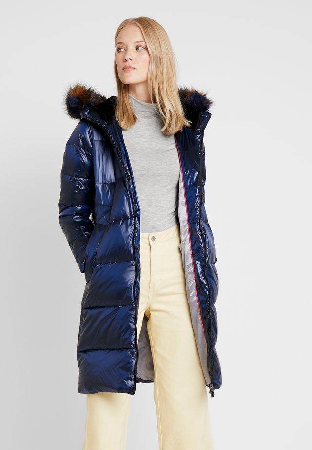 COAT - Płaszcz puchowy - midnight blue