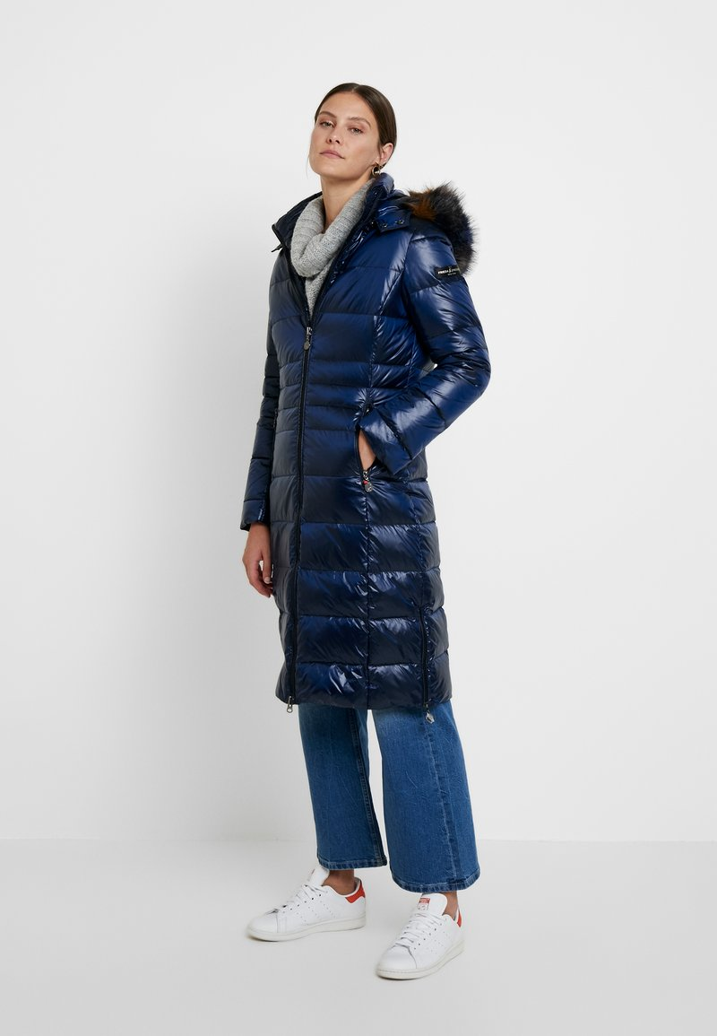 Frieda & Freddies - COAT - Kabát zprachového peří - midnight blue