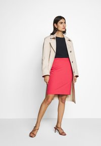 Frieda & Freddies - TRENCH COAT - Trenchcoat - cream - 1