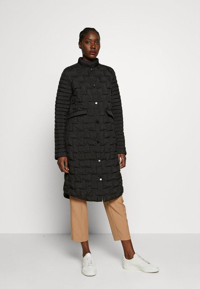 LUNA - Short coat - black