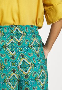 Springfield - PANT PRINT RUSTIC - Kalhoty - green - 4