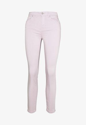 SARGA - Pantalones chinos - pink