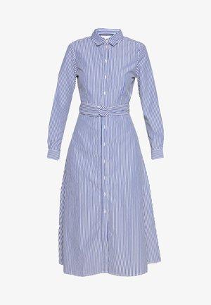 VESTIDO CAMISERO - Vestido camisero - light blue