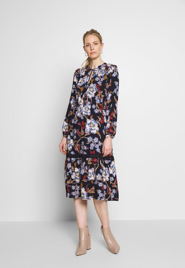 VESTIDO FLORAL - Vapaa-ajan mekko - blue