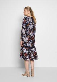 Springfield - VESTIDO FLORAL - Denní šaty - blue - 2