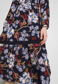 Springfield - VESTIDO FLORAL - Denní šaty - blue - 5