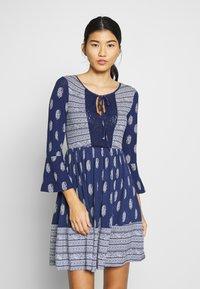 Springfield - VEST PASLEY - Jersey dress - blue - 0