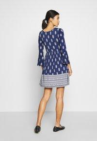 Springfield - VEST PASLEY - Jersey dress - blue - 2