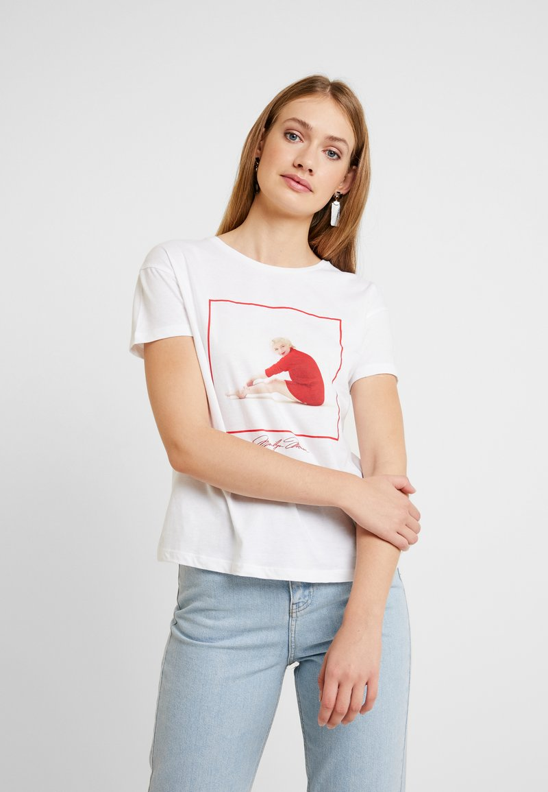 Springfield - LICENCIA MARILYN - T-shirts med print - reds