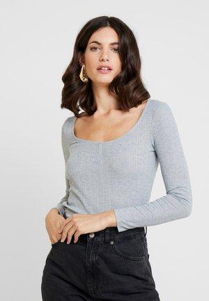 ESPECIAL PANADERA - Long sleeved top - greys