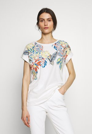 CAMISETA HOJAS - Print T-shirt - white